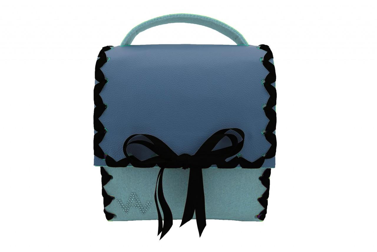 Herzerl Klassik Hellblau Azur